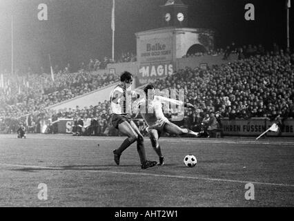 football, Bundesliga, 1970/1971, Niederrhein Stadium in Oberhausen, Rot-Weiss Oberhausen versus FC Bayern Munich - Stock Photo
