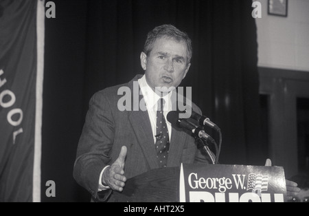 George W Bush speaking at Londonderry High School NH January 2000 - Stock Photo