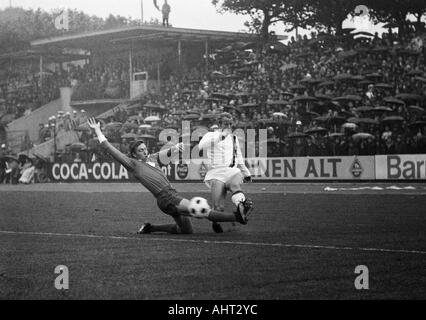 football, Bundesliga, 1970/1971, Wedau Stadium in Duisburg, MSV Duisburg versus Borussia Moenchengladbach 1:1, visitors, - Stock Photo