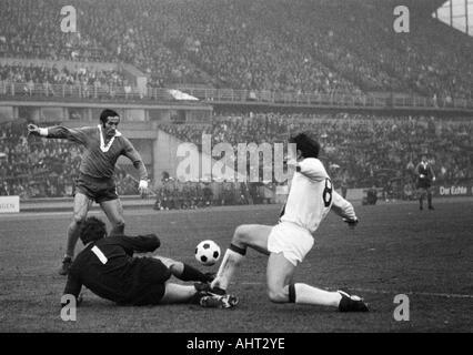 football, Bundesliga, 1970/1971, Wedau Stadium in Duisburg, MSV Duisburg versus Borussia Moenchengladbach 1:1, scene - Stock Photo