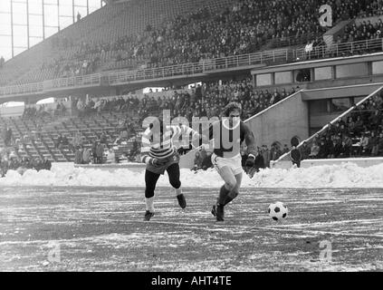 football, Bundesliga, 1970/1971, Wedau Stadium in Duisburg, MSV Duisburg versus Kickers Offenbach 2:2, game on snow - Stock Photo