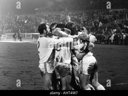 football, Bundesliga, 1970/1971, Niederrhein Stadium, Rot-Weiss Oberhausen versus Hanover 96 4:3, RWO football players - Stock Photo