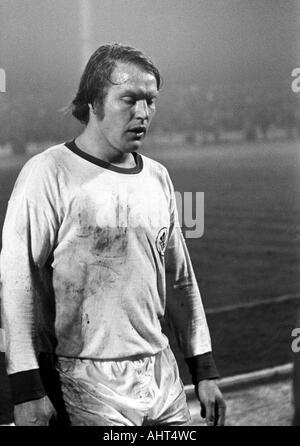 football, Bundesliga, 1970/1971, Niederrhein Stadium, Rot-Weiss Oberhausen versus Hanover 96 4:3, football player, - Stock Photo
