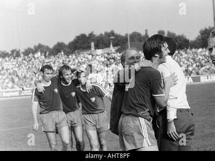 football, Bundesliga, 1971/1972, Niederrhein Stadium, Rot-Weiss Oberhausen versus VfL Bochum 2:3, Bochum football - Stock Photo