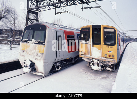 Shenfield railway station platforms near Brentwood shortly after snowstorm - Stock Photo