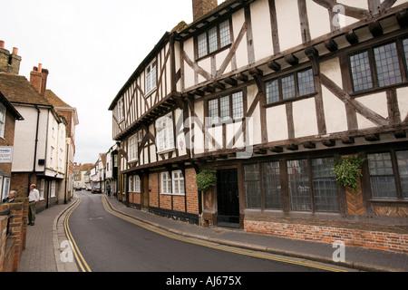 UK Kent Sandwich Strand Street The Pilgrims overhanging medieval timber framed house - Stock Photo