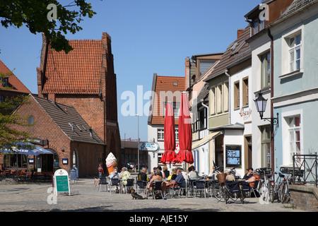 Western Pomerania Wismar Wassertoe Wasser Tor Watergate Water Gate Alter Hafen Old Harbour Habor - Stock Photo