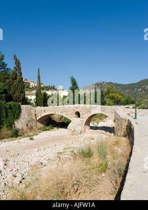 Roman Bridge in the old town of Pollensa (Pollenca), Mallorca, Spain - Stock Photo
