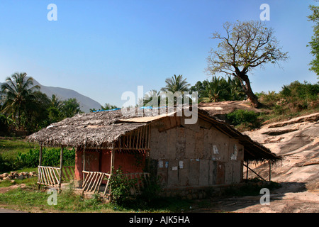A small hut on the top of a hill in Marayoor, Kerala - Stock Photo