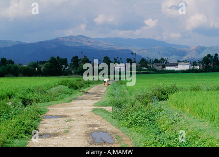 Small village near Lijiang in the Yunnan province of China - Stock Photo