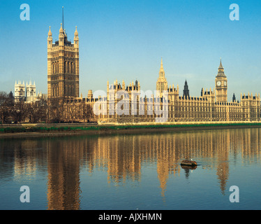 United Kingdom. England. London. Westminster. View across the River Thames to the Houses of Parliament. - Stock Photo