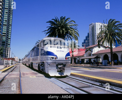 The Amtrak Surfliner a fast passenger train that runs from San Diego to Santa Barbara - Stock Photo