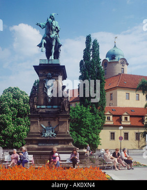 Statue of King George - Stock Photo
