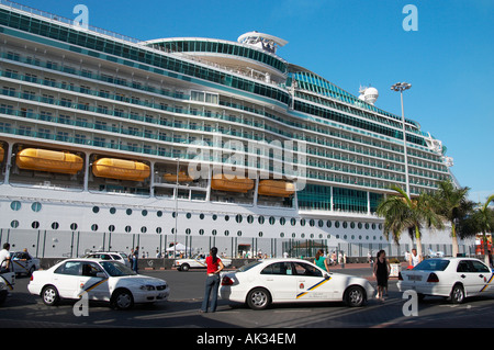 Cruise ship 'Navigator of the seas' visiting Las Palmas, Gran Canaria. - Stock Photo