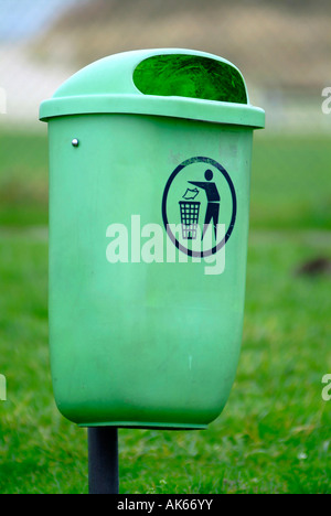 Hamburg / Garbage can - Stock Photo
