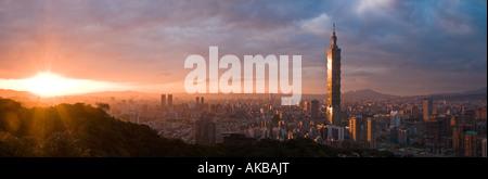 Panoramic view of Taipei 101, Taipei, Taiwan - Stock Photo