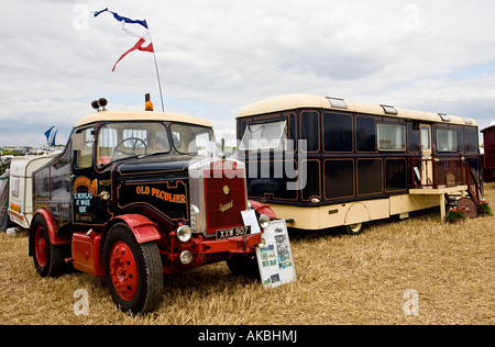 1959 Scammell Highwayman Ballast Tractor Unit with living van, Reg No. XXW 907, at the Great Dorset Steam Fair, - Stock Photo