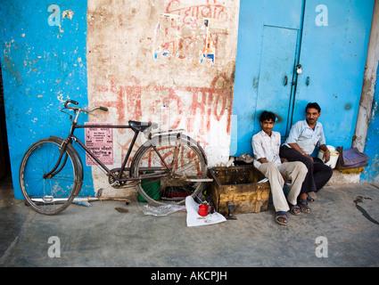 A road-side bicycle repair shop. Varanasi, India. - Stock Photo