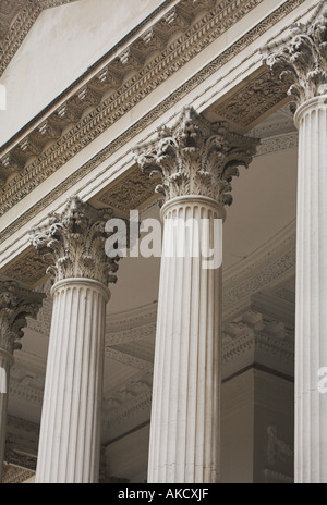 Corinthian order capitals on the portico of Chiswick House London - Stock Photo