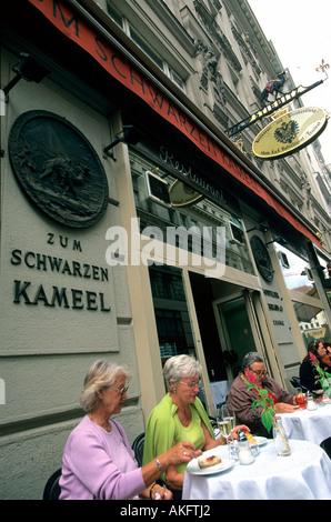 Wien I, Bognergasse 5,  'Zum Schwarzen Kameel', Lieblingstreff der Wiener Businessgesellschaft (Bussigesellschaft) - Stock Photo