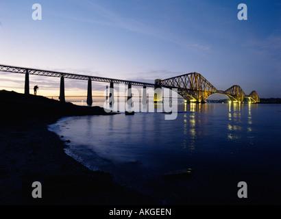 dh Forth Railway Bridge FORTH BRIDGE FORTH BRIDGE Floodlit Victorian Cantilever steel granite bridge Firth of Forth river
