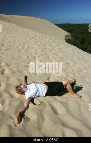 relaxing at dune du pyla bordeaux france - Stock Photo