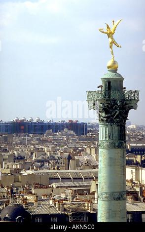 PARIS France, Cityscape 'Spirit of Liberty' Statue on Top of Bastille Column / (Credit Architect: Jean-Louis Duc) - Stock Photo