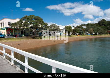 Beach from the jetty at Russell, Bay of Islands, Northland, North Island, New Zealand - Stock Photo