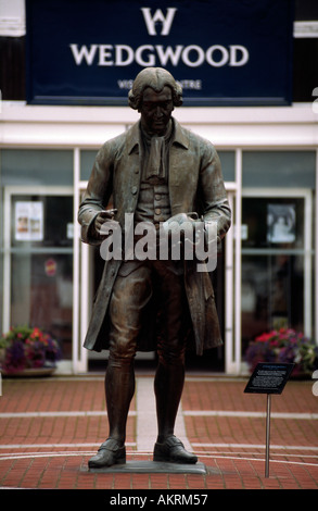 Statue of Josiah Wedgwood sons pottery 1730 1795 Stoke on Trent Staffordshire England Great Britain - Stock Photo