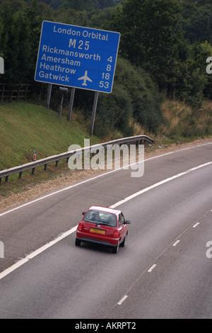 M25 Orbital Signpost near Rickmansworth Herfordshire UK - Stock Photo
