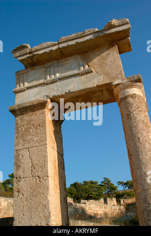 Doric temple at ancient Kamiros archaeological site ...
