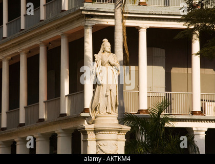 Statue of Queen Victoria outside Government House Port Louis Mauritius - Stock Photo