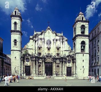 Cathedral in the Plaza de la Catedral, Havana, Cuba - Stock Photo