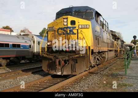 CSX Freight Train passes Amtrak passenger train at Palmer ...