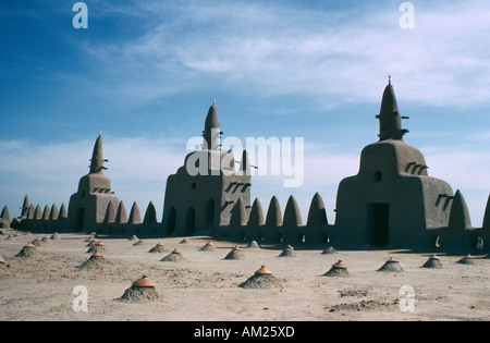 MALI West Africa Massina Djenne Mud brick mosque rooftop architecture covered in small mounds - Stock Photo