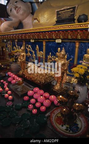 MALAYSIA Penang Georgetown Wat Buppharam or Chayamangkalaram Sleeping Buddha Temple Reclining figure and lotus shaped - Stock Photo