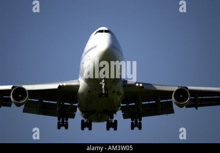 A Virgin Atlantic Airways Boeing 747 Jumbo Jet comes into land at London Gatwick Airport - Stock Photo