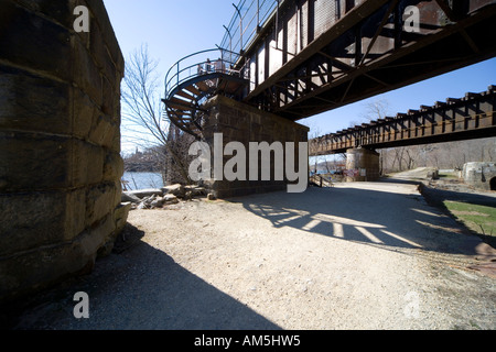 Railroad bridge crossing the Potomac river at Harper's Ferry seen from the Maryland side. Historic C and O Canal - Stock Photo