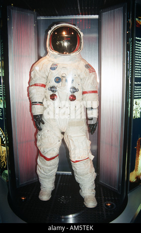 astronaut helmet from kennedy space center - photo #3