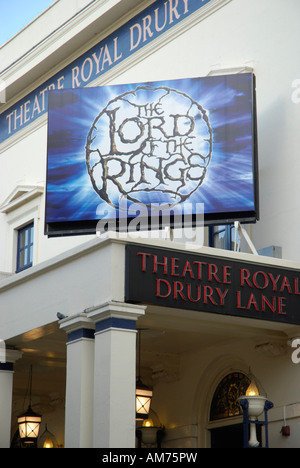 Theatre Royal Drury Lane exterior showing Lord of the Rings billboard, London, England 2007 - Stock Photo
