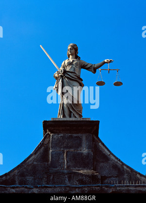 Dublin Castle, Dublin, Ireland. A statue of Justice (without blindfold) stands over the main gate - locals joke - Stock Photo