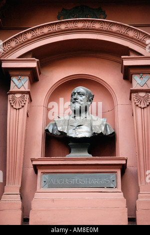 Statue of Augustus Harris outside the Theatre Royal Drury Lane London England - Stock Photo