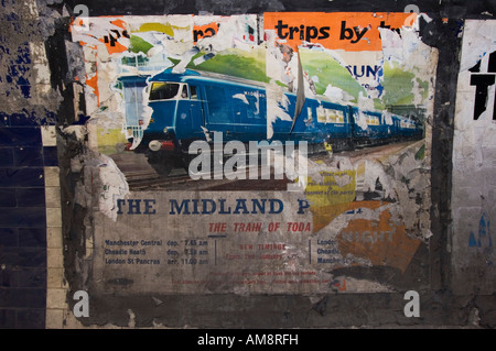 Midland 'Blue' Pullman Poster dating from late 1960's - Euston underground Station disused tunnels - Stock Photo