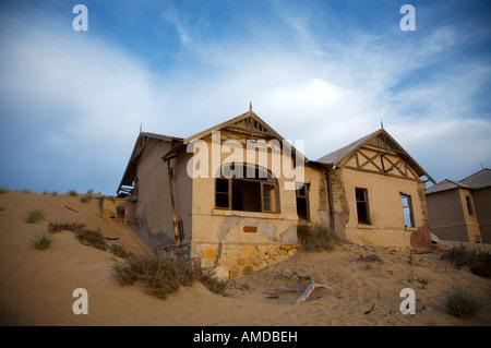 Abandoned diamond mine house Namibia - Stock Photo