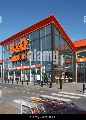 Chelmsford B Q diy store main entrance and exit area - Stock Photo