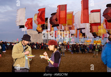pic martin phelps 26 07 07 reporter gordon womad festival charlton park malmesbury second night friday - Stock Photo