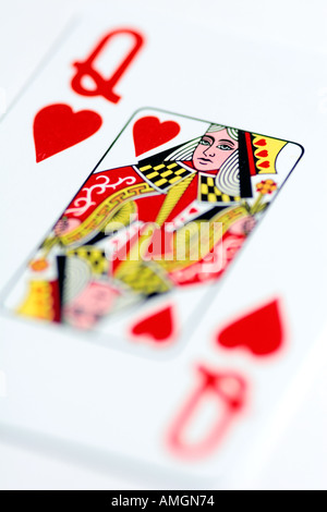 how to play queen of hearts card game