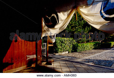 The gate to one of the temples at Daitokuji in Kyoto Japan - Stock Photo