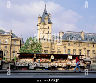 Seine Left bank lakeside Bookstore Paris France - Stock Photo