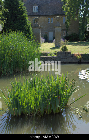 Willersey Village green Gloucestershire England July 2006 - Stock Photo